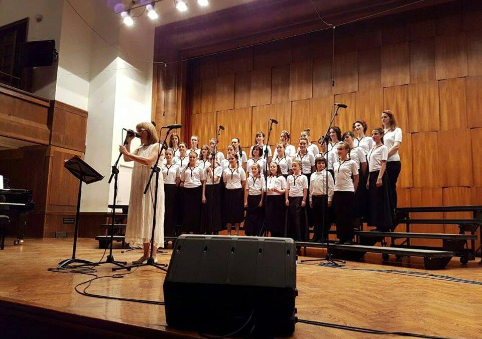 Na koncertu vokalne radionice Bilje Krstić prikupljeno 45.900 dinara za fondaciju Podrži život