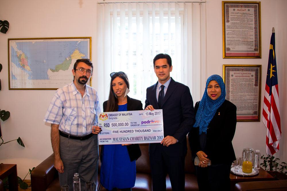 Na Malezijskom dobrotvornom bazaru prikupljeno 500.000,00 dinara za bolesnu decu